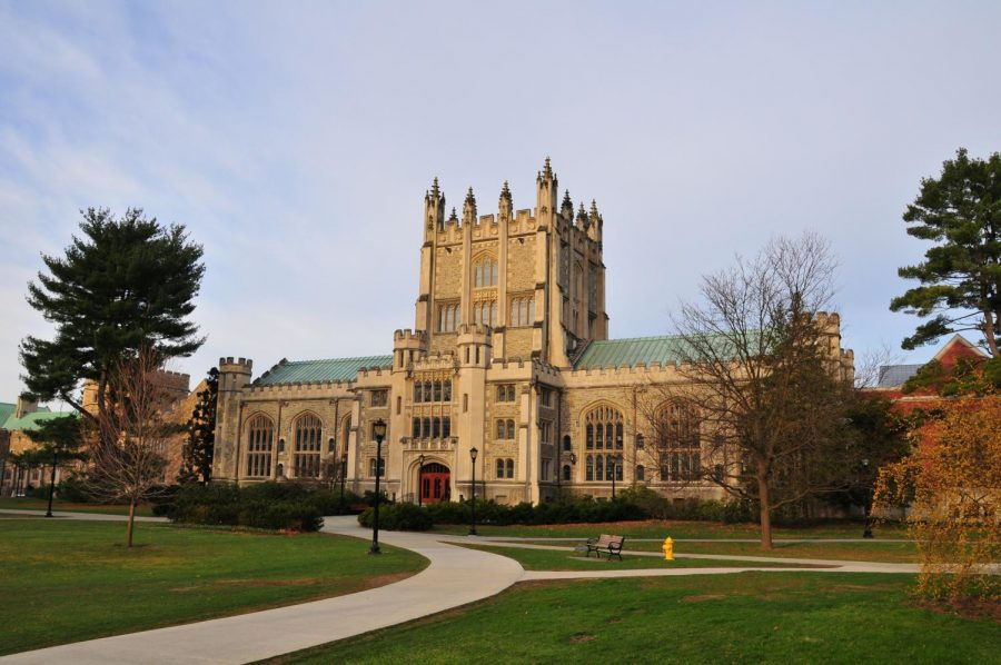 Photo from commons.wikimedia.org; Vassar College's Thompson Library in the fall time