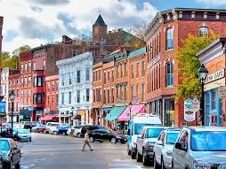 This is the town of Galena located in Illinois which is a cute historical town that includes amazing history, vineyards, and a beautiful picturesque town.